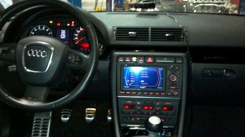 IPod adapter & Hardwire radar detector in Audi RS4 | Mobile